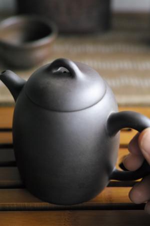 宜興紫砂の茶壺