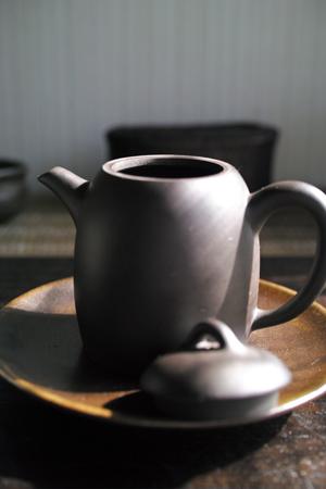 紫砂の茶壺
