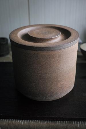 プーアール茶の熟成壺