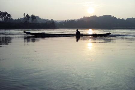 メコン川と小舟