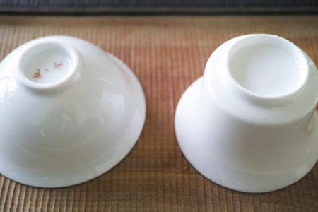 白磁の蓋碗2種上
