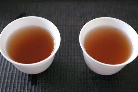 白磁の蓋碗2種1煎め茶杯