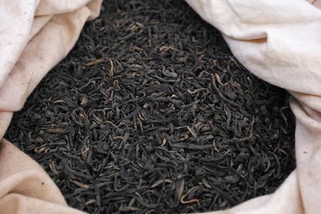 巴達古樹熟散茶2010年