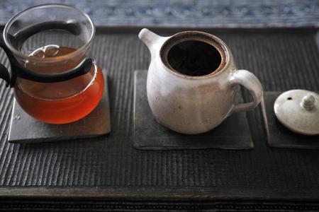 巴達曼邁熟茶2013年三煎め