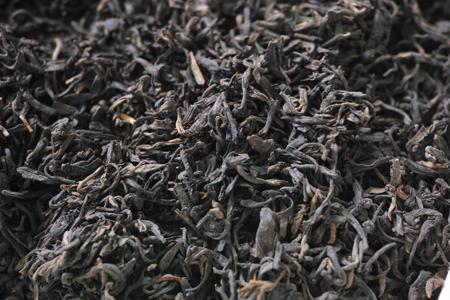 渥堆発酵失敗の茶葉2