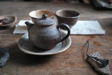 茶壺を味わう