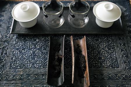 蓋碗と熟茶