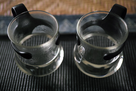 炭の火とアルコールランプの水