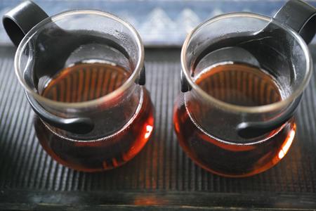 アルコールランプと炭火のお茶の味比べ