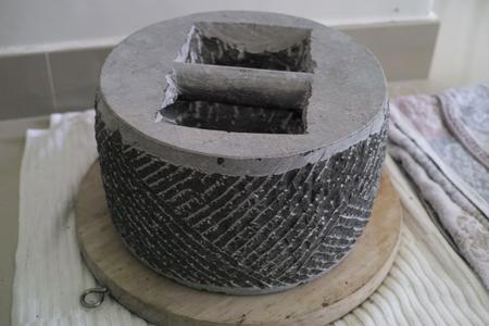 圧餅の石型