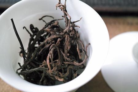 オレンジっぽい茶葉