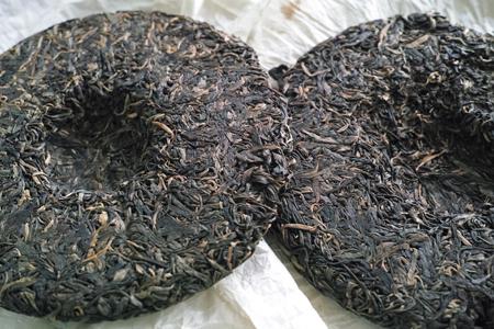 南糯山神青餅2011年