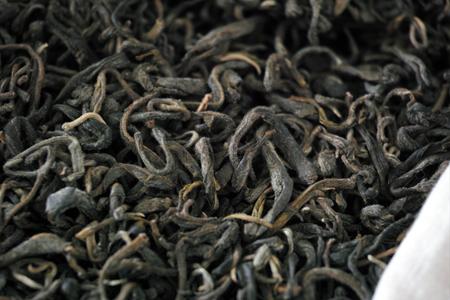 黒麹発酵の茶葉