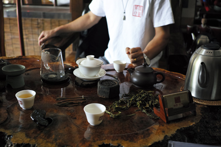 西双版納の茶店