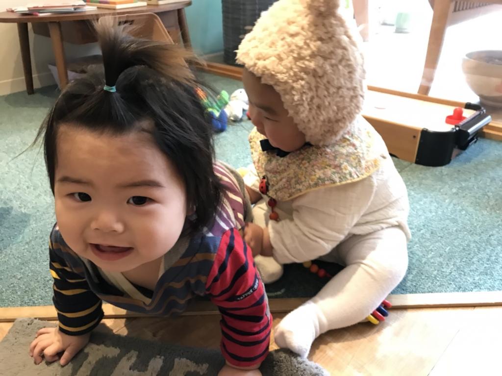 10ヶ月と6ヶ月の赤ちゃん