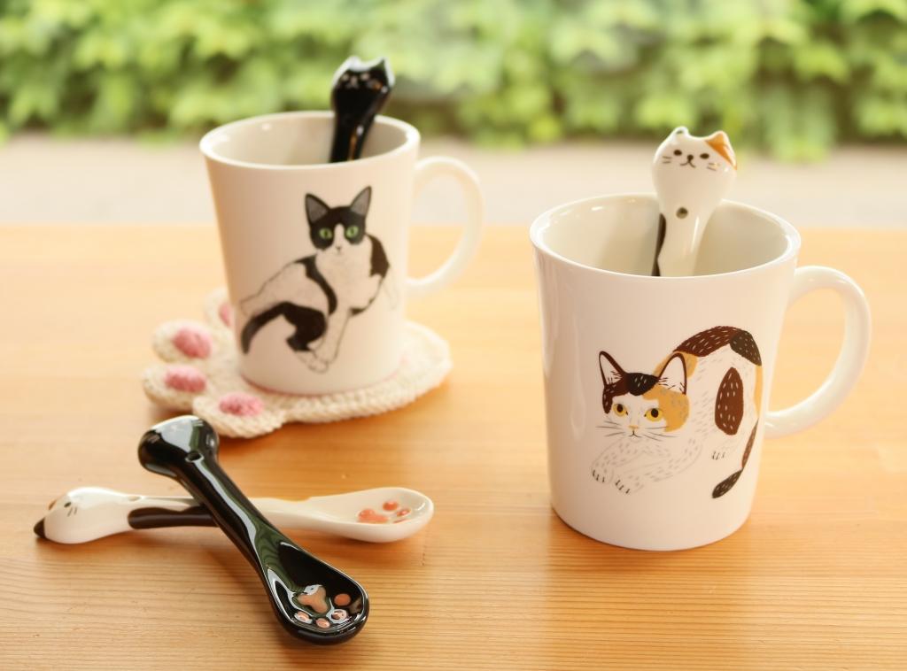 デコレ コンコンブル 秋田 猫雑貨 スプーン かぎしっぽ ぷっくり肉球スプーン