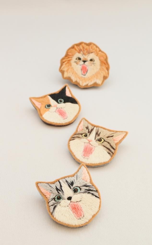 chic_chic_cat ハンドメイド 猫雑貨 猫グッズ 刺繍 ブローチ 秋田 かぎしっぽ