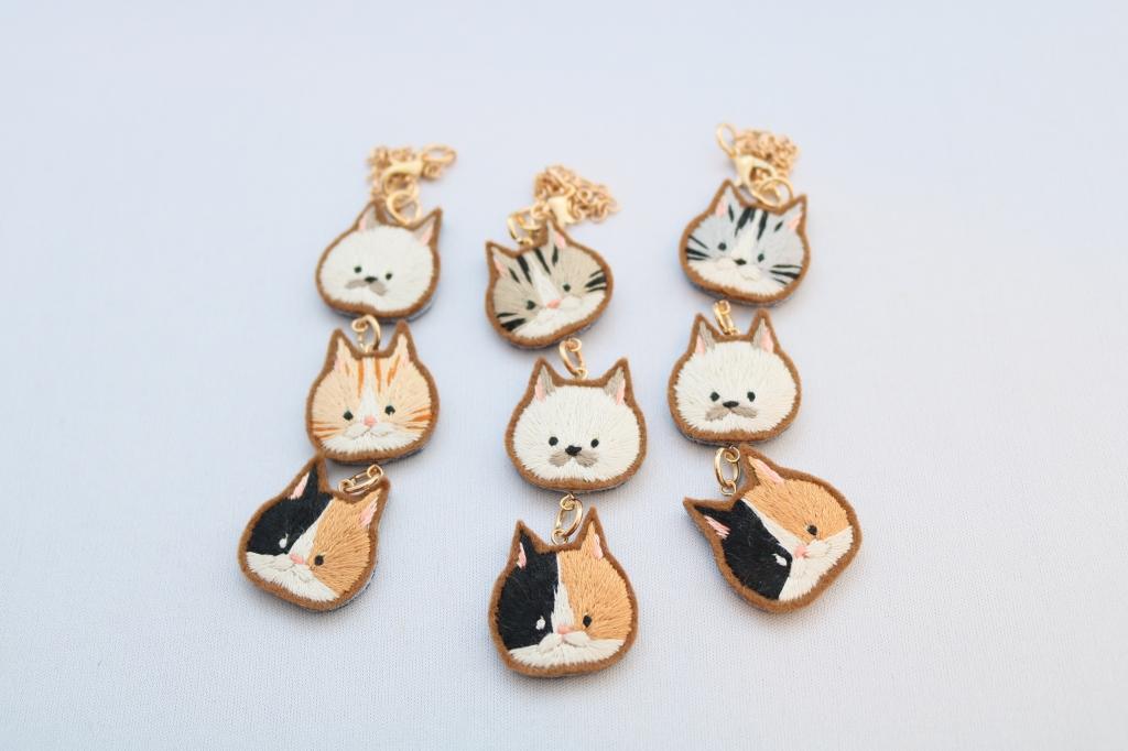 chic_chic_cat ハンドメイド 猫雑貨 猫グッズ 刺繍 チャーム 秋田 かぎしっぽ