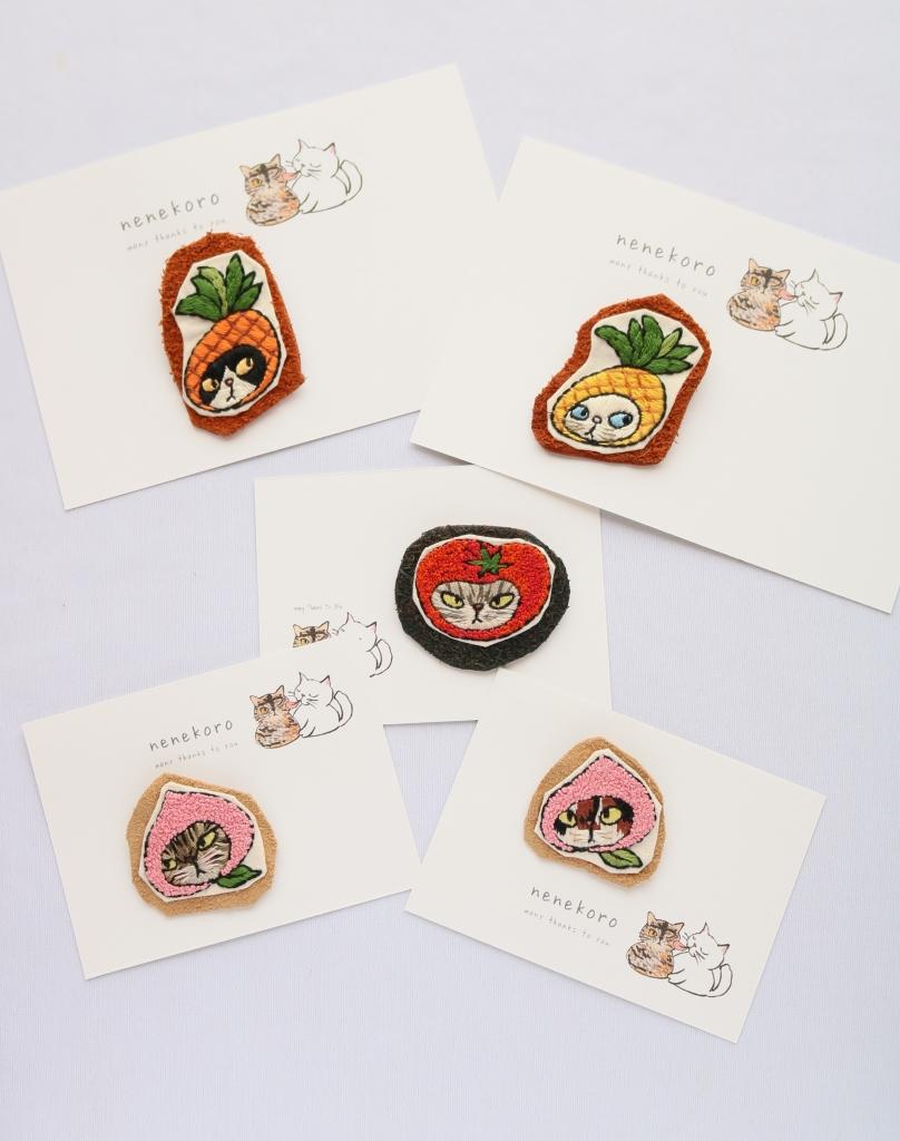 nenekoro ねねころ 刺繍 ブローチ ハンドメイド 秋田 かぎしっぽ 猫雑貨 猫グッズ