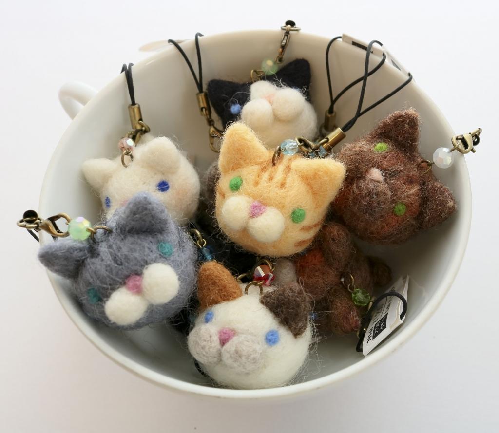 フワコロクラフト フェルト ストラップ ハンドメイド 秋田 かぎしっぽ 猫雑貨 猫グッズ