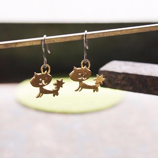 thuthu appetizing accessories 秋田 かぎしっぽ 猫雑貨 猫アクセサリー ピアス イヤリング ハンドメイド 真鍮