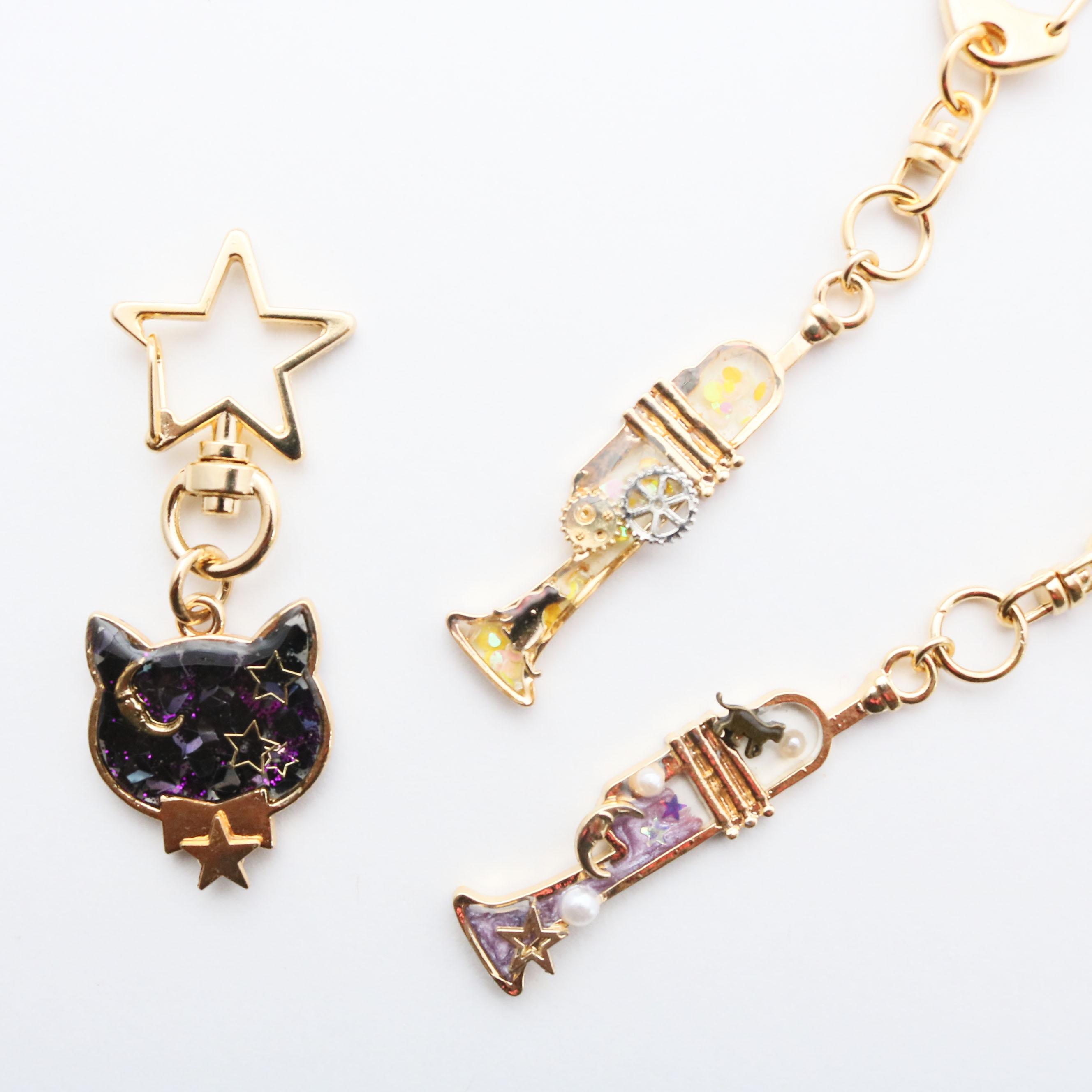 猫雑貨 猫グッズ 秋田 かぎしっぽ ハンドメイド アクセサリー ピアス イヤリング キーホルダー