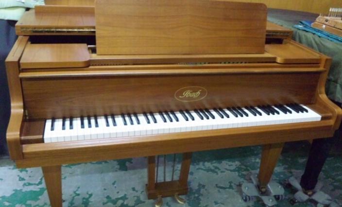 イバッハ | ピアノハウスジャパ...