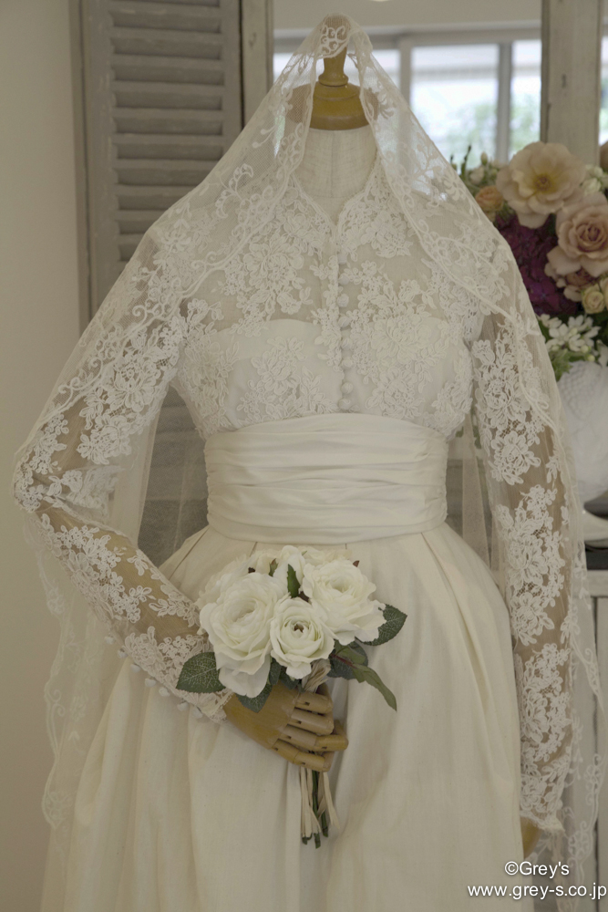 Grace Kelly(Grey's)Weddingdress IMG_4962-1.jpg