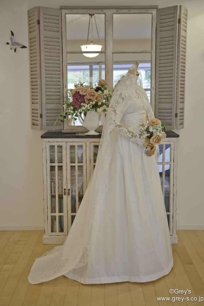 Grece kelly(Grey's)Weddingdress MG_5168side 修正有.jpg