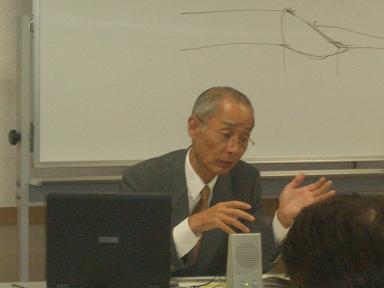 所長 安田徹が経営承継の解説をしています