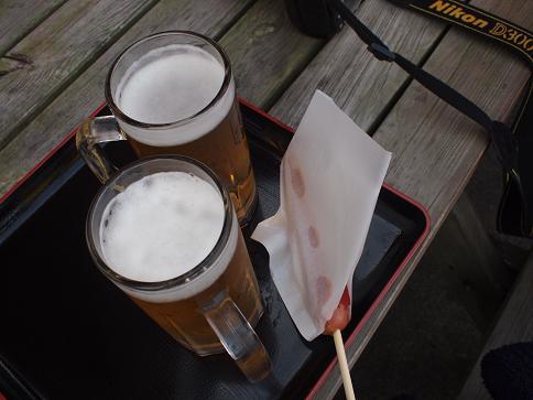 下山後のビールとフランクフルト