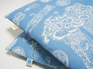 kuchibue布のクッション