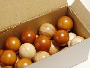 木製の球体