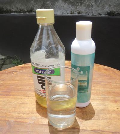 お酢で見分ける石鹸と合成洗剤