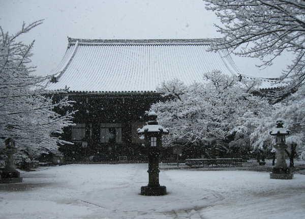 雪の真如堂