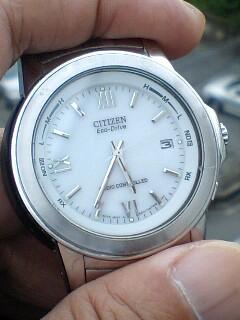 古い電波時計
