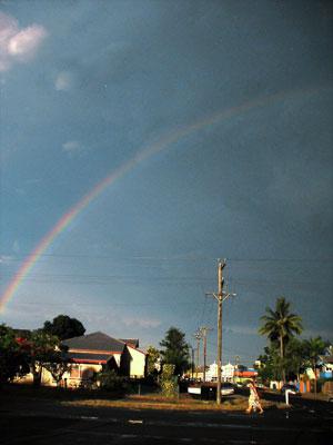 お天気雨と虹