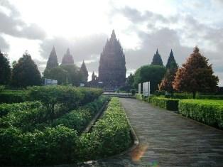 プランバナン寺院1
