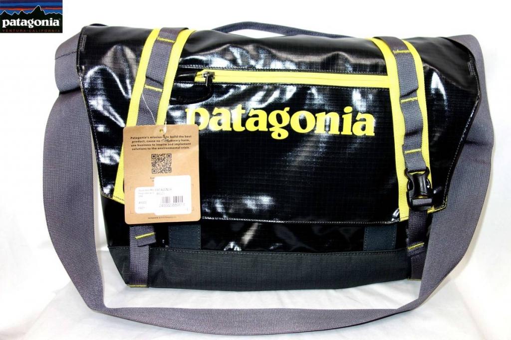 パタゴニアPATAGONIAブラックホール・ミニ・メッセンジャーショルダーバッグ49321