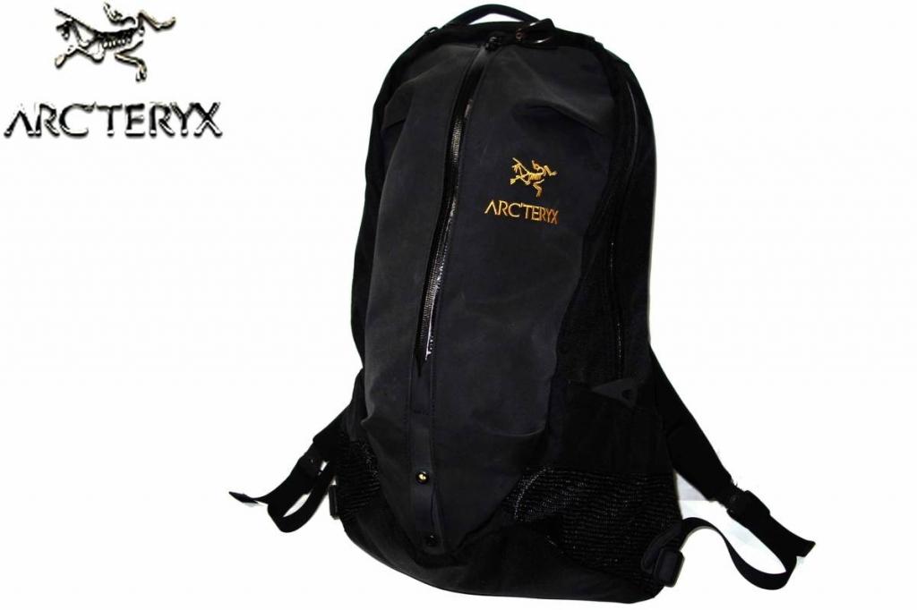 お買取り商品アークテリクスARC'TERYX美品バックパックアローARRO22リュックサック
