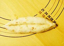 ソーセージパン成型3