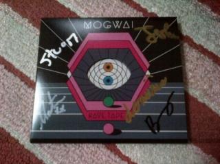 モグワイ(Mogwai)のサイン