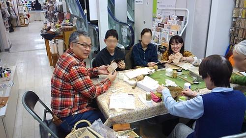 札幌カナリヤ 手作り革コインパース 講習会に家族で参加した