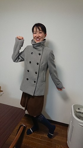 セカンドストリートで900円で買ったHMのコート
