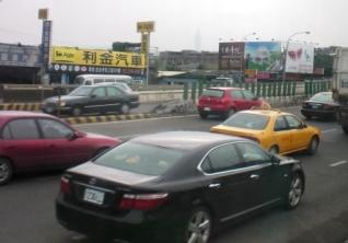 台湾の右側通行