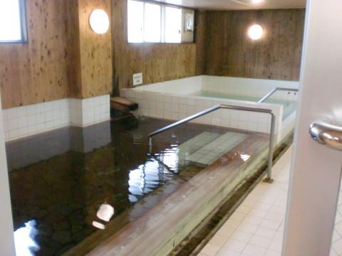 磯の湯浴室