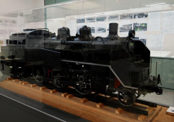 機関車展示のミニチュア