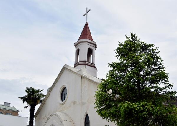 道の途中に神戸パブテスト教会
