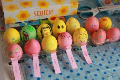Eggs 子供たちが作ったイースターエッグ