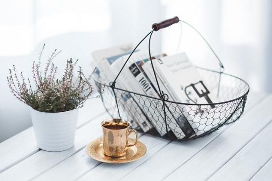 本と花とお茶